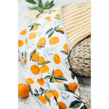 Load image into Gallery viewer, Clementine Reversible Quilt