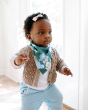 Load image into Gallery viewer, Baby Bandaba Bib