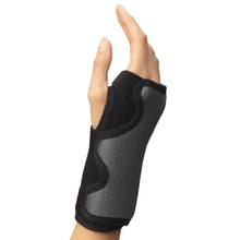 Load image into Gallery viewer, Champion Universal Wrist Brace #0449