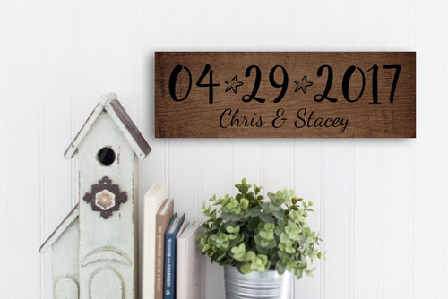Personalized Rustic Wood Family Name Sign With Sea Stars
