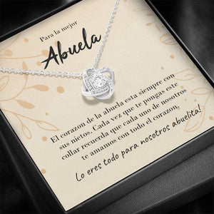 Abuela Knot Necklace