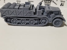 Load image into Gallery viewer, 1/72 1/87 1/144 1/100 1/56 1/48 1/200 1/35 SD.KFZ 9 Supply Famo 18ton