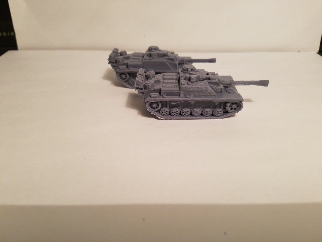 1/200 to 1/35 scale stug III 75mm x2 Scale WWII Model Tank