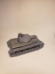 1/200 to 1/35 scale Panzer4 75mm short early open hatch x2 Scale WWII Model Tank