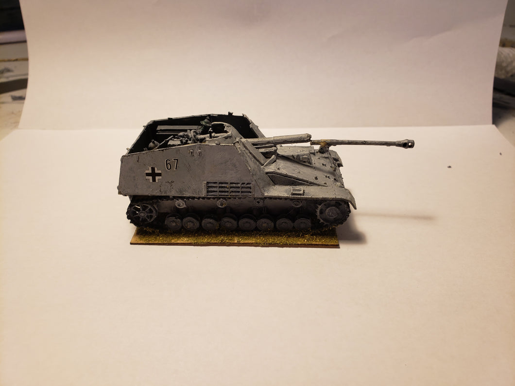 1/72 Used German Nashorn   Revell
