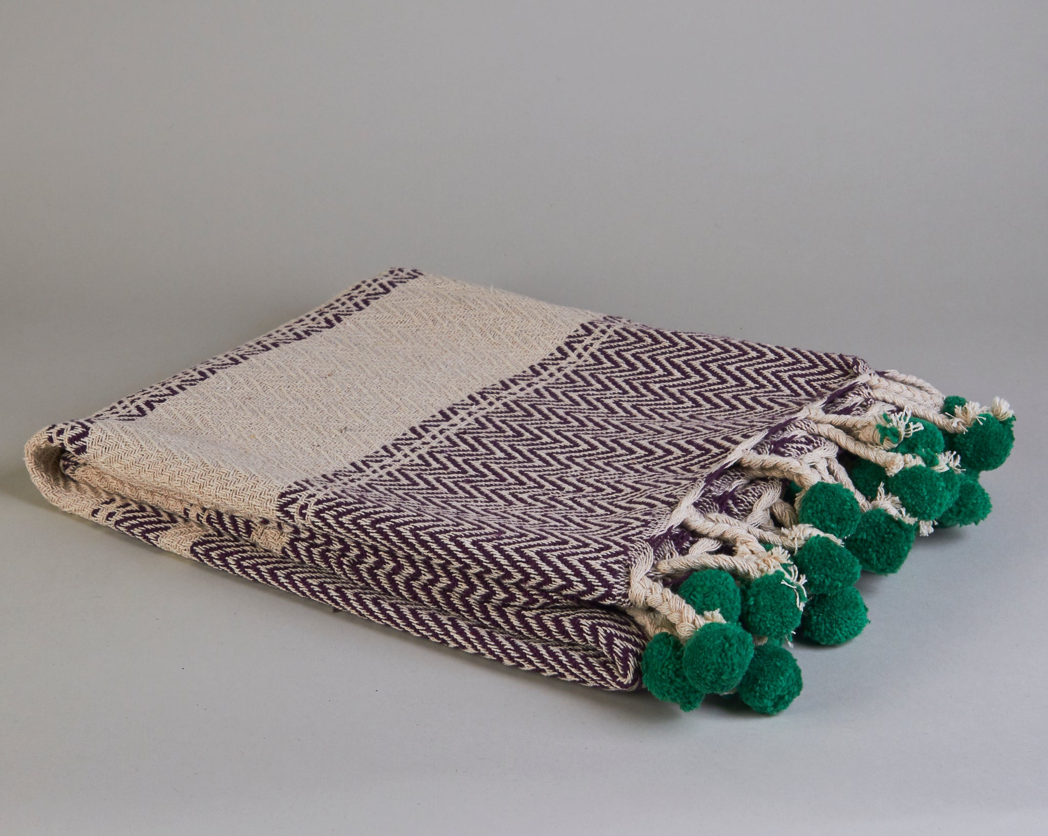 Cotton Throw With Pom Poms