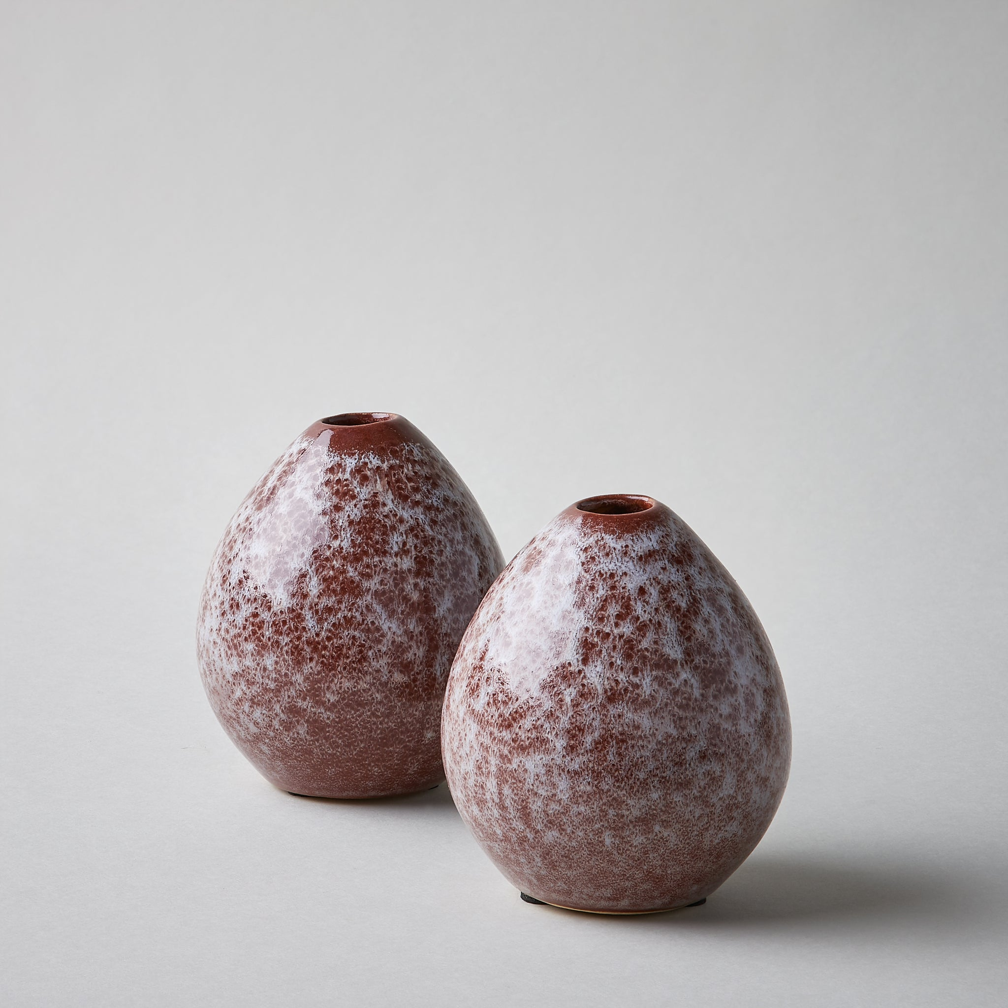 Drop Shape Vase in Henna & White