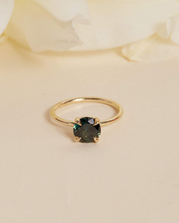 Ivy Green Parti Sapphire Solitaire - 14ct Gold