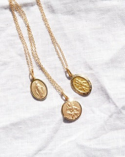 St. Christopher Necklace Oval 16mm - 9ct Gold