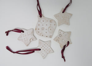 Christmas Decoration, Ceramic set of Five, Natural