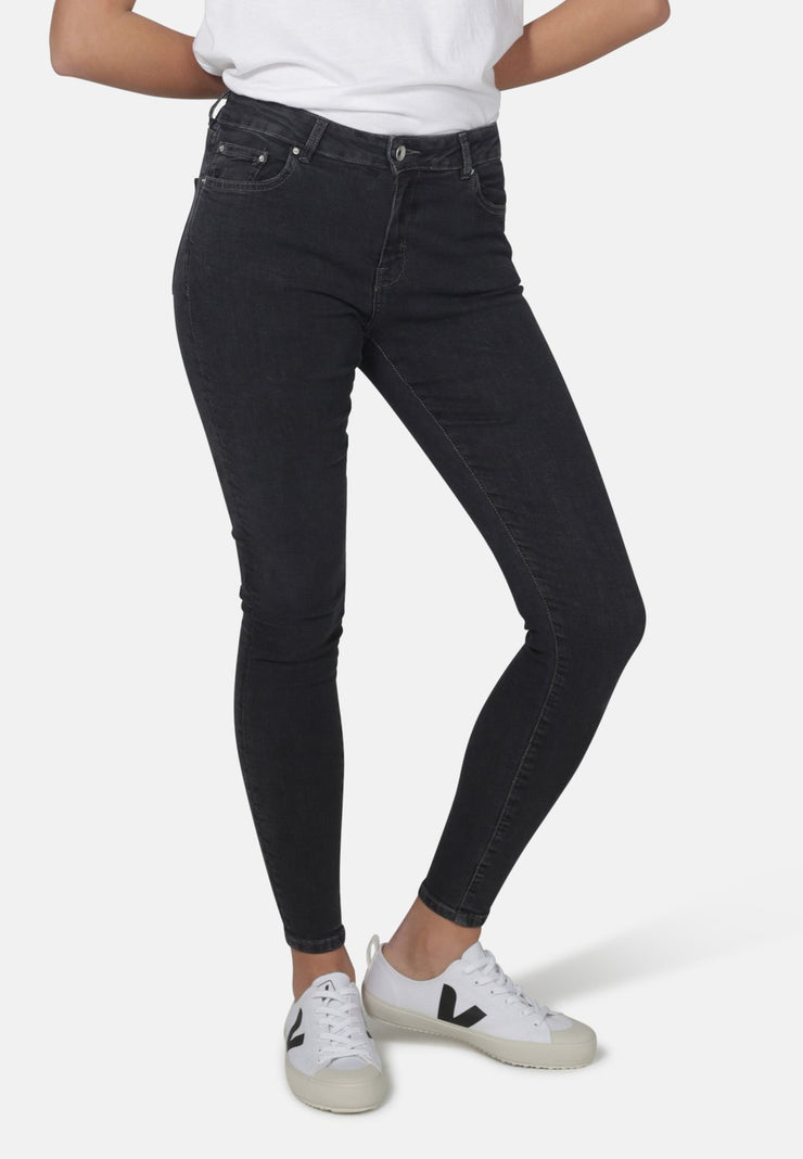 CODY // Organic Super Skinny Mid Waist Jeans in Dark Grey Eco Wash