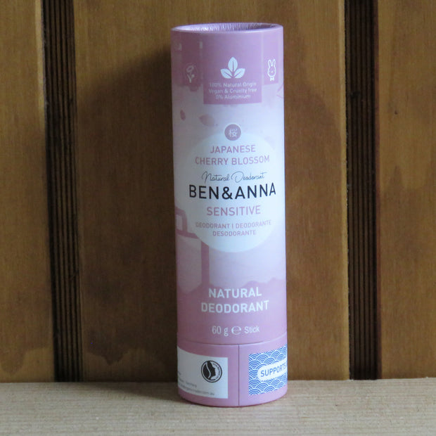 BEN & ANNA / Deodorant Stick in Papertube Sensitive / Japanese Cherry Blossom