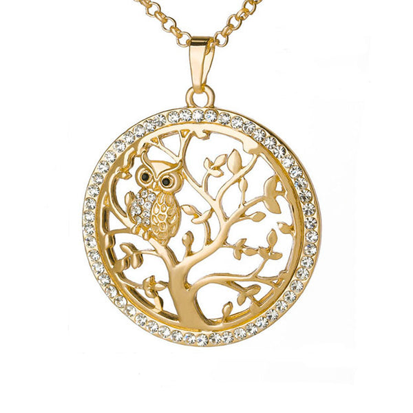 Pendant of the Gold owl necklace for women
