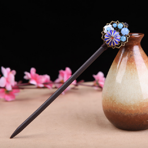 Hair stick in Oriental style, with traditional enamel cloisonne blue flower