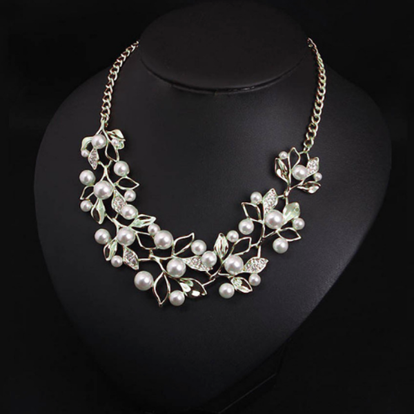 Flower necklace statement necklace for women Silver