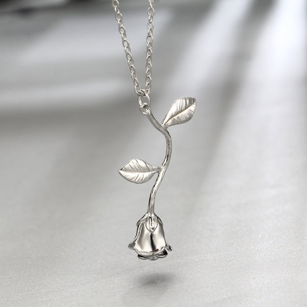 Silver plated rose necklace