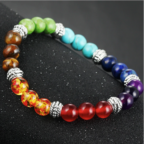 Beaded bracelets made of stones of 7 colors