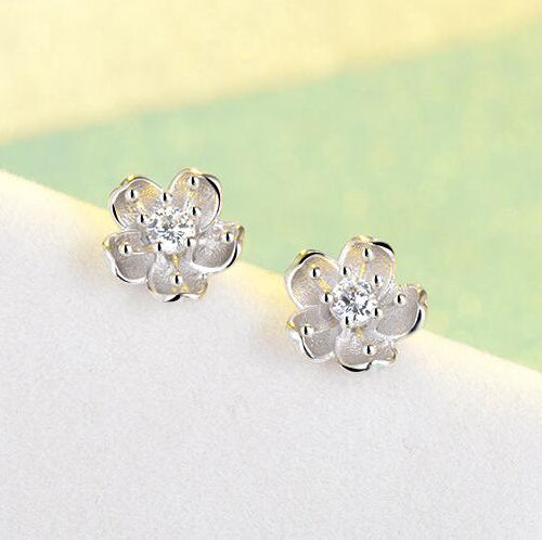 Snowy sakura flower earrings Sterling silver stud earrings for women Cheap earring (pic 3)