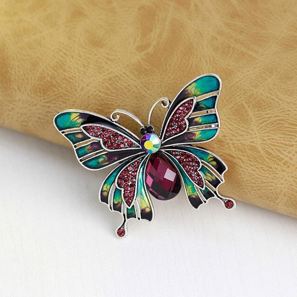 scarf pin in shape of butterfly