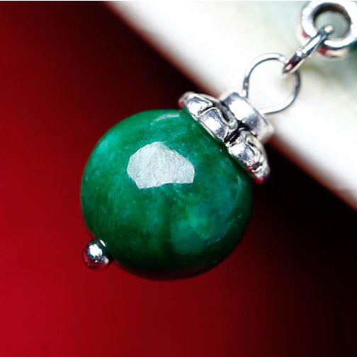 a closer look on the green jade beads