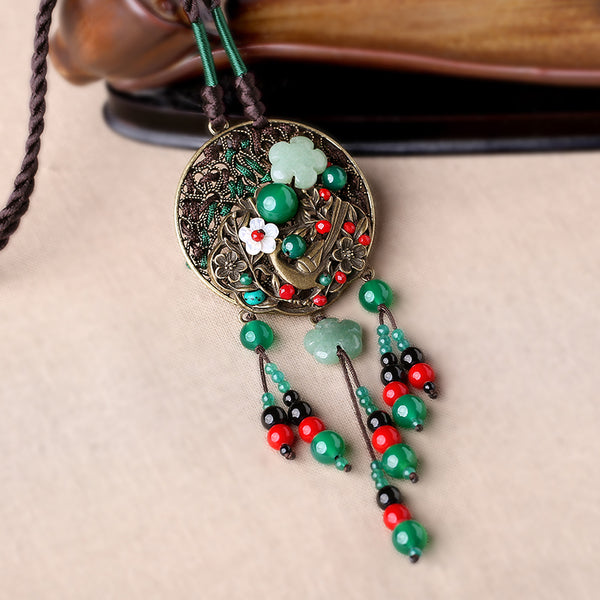 pendant with Oriental style details