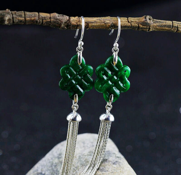 close up on the green jade Chinese knots
