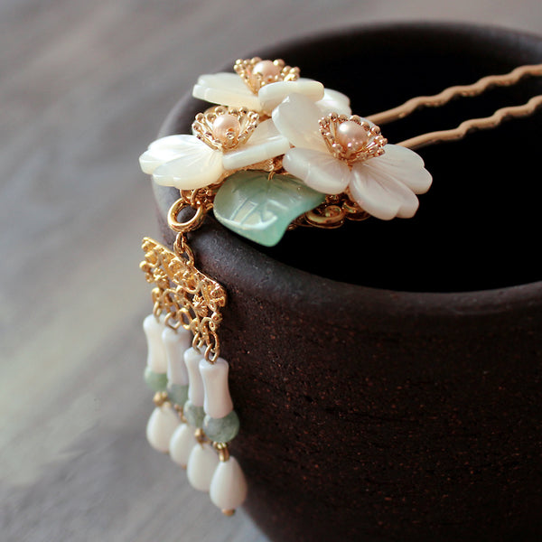 flower hair stick with seashell and jade tassels