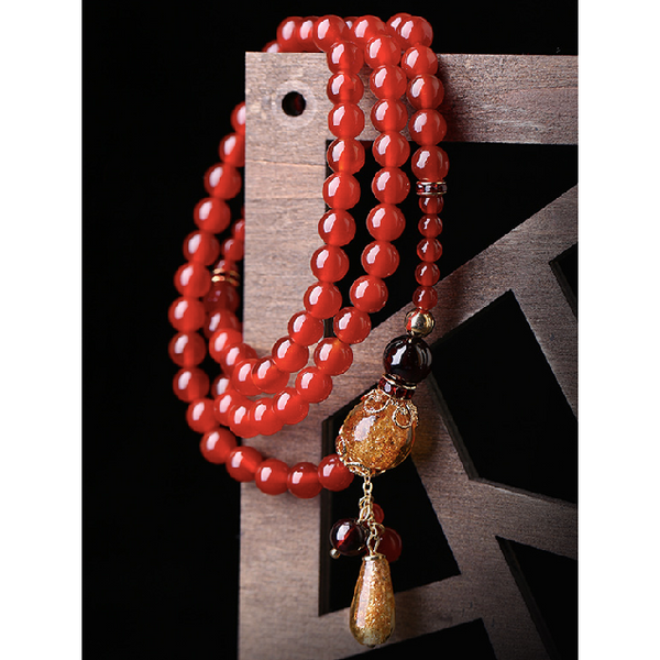 full view of the bracelet