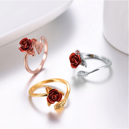 This ring comes in 3 colors, gold, silver, rose gold