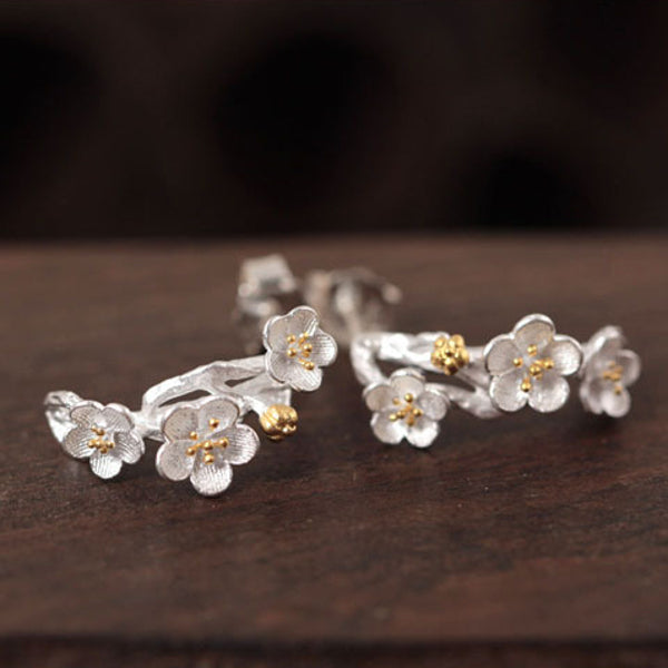Sakura flower earrings Sterling silver stud earrings for women Cheap ear rings (horizontal view)