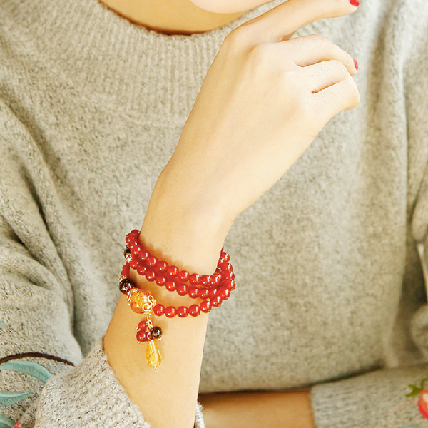 model wearing the beaded bracelet on wrist