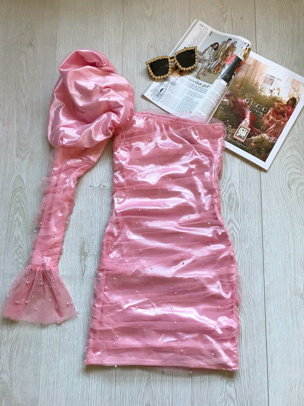 PINK PUFF SLEEVE DRESS