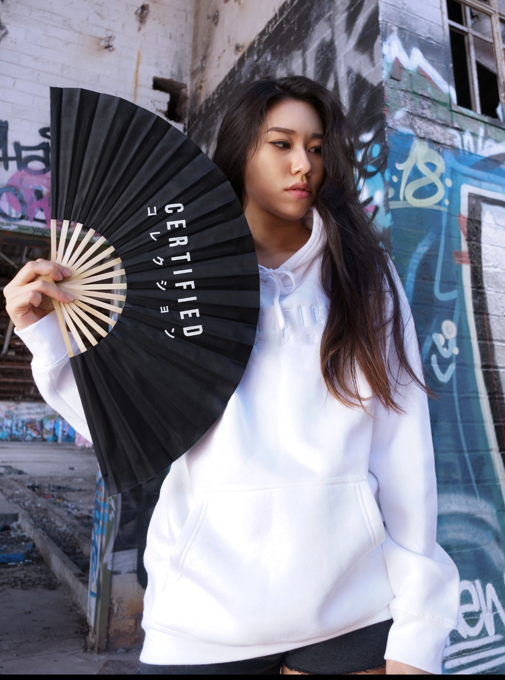 LARGE PREMIUM FOLDING FAN - CERTIFIED COLLECTION