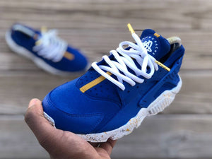 Custom Blue and Mustard Nike Huaraches - Kiaun's Customs