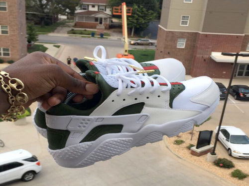 Custom White Gucci Nike Huaraches - Kiaun's Customs