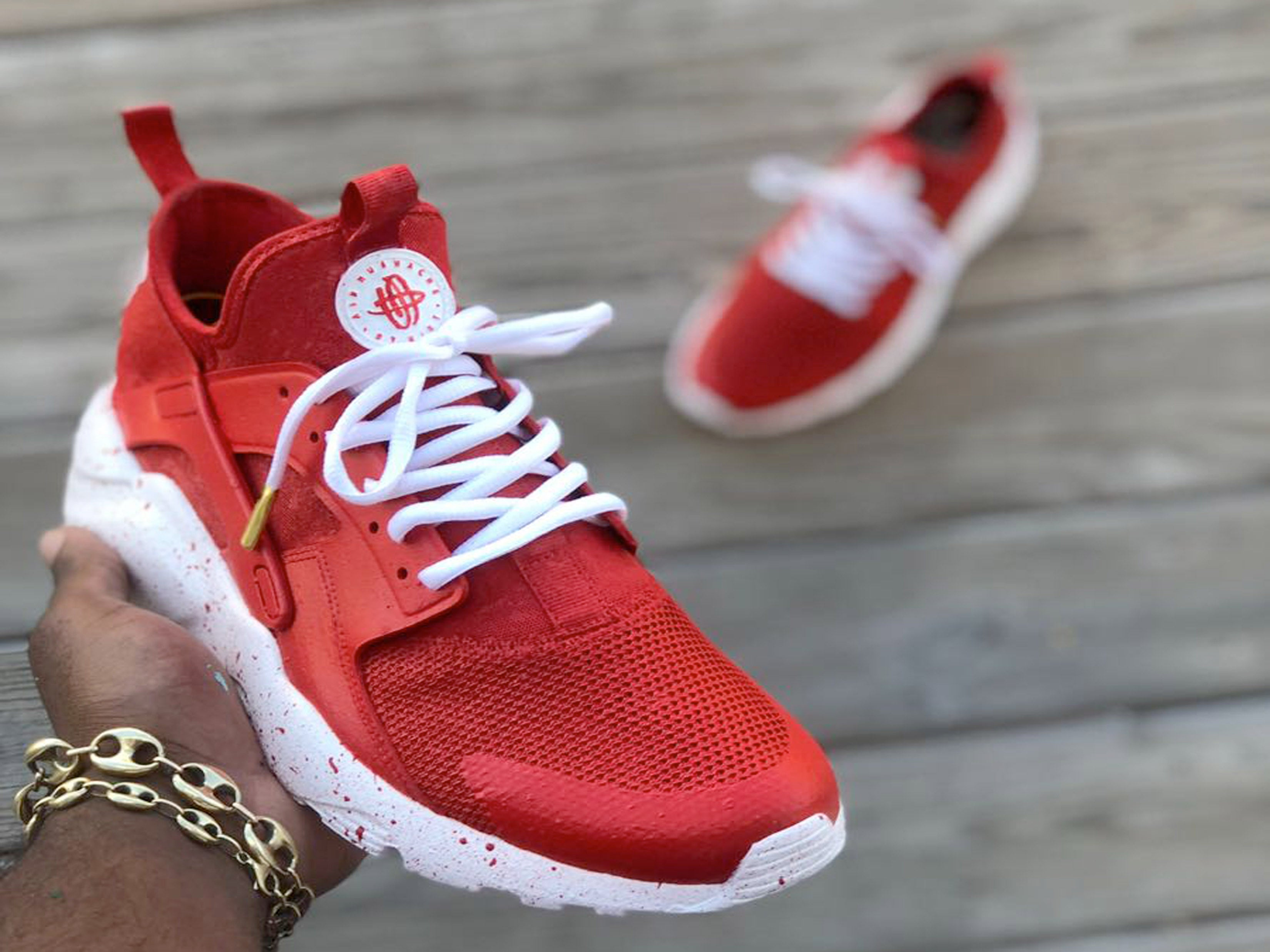 brand new b5a5f be85d Custom Red and White Nike Huaraches