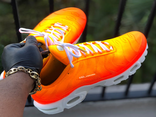 Custom Sunset Airmax plus - Kiaun's Customs