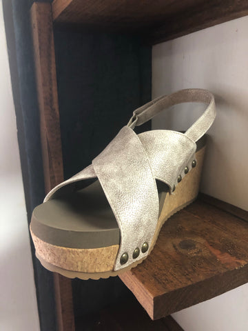 Teresa Gold Wedge