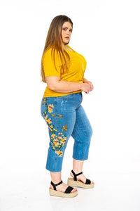 Floral Embroidery Plus Size Jeans