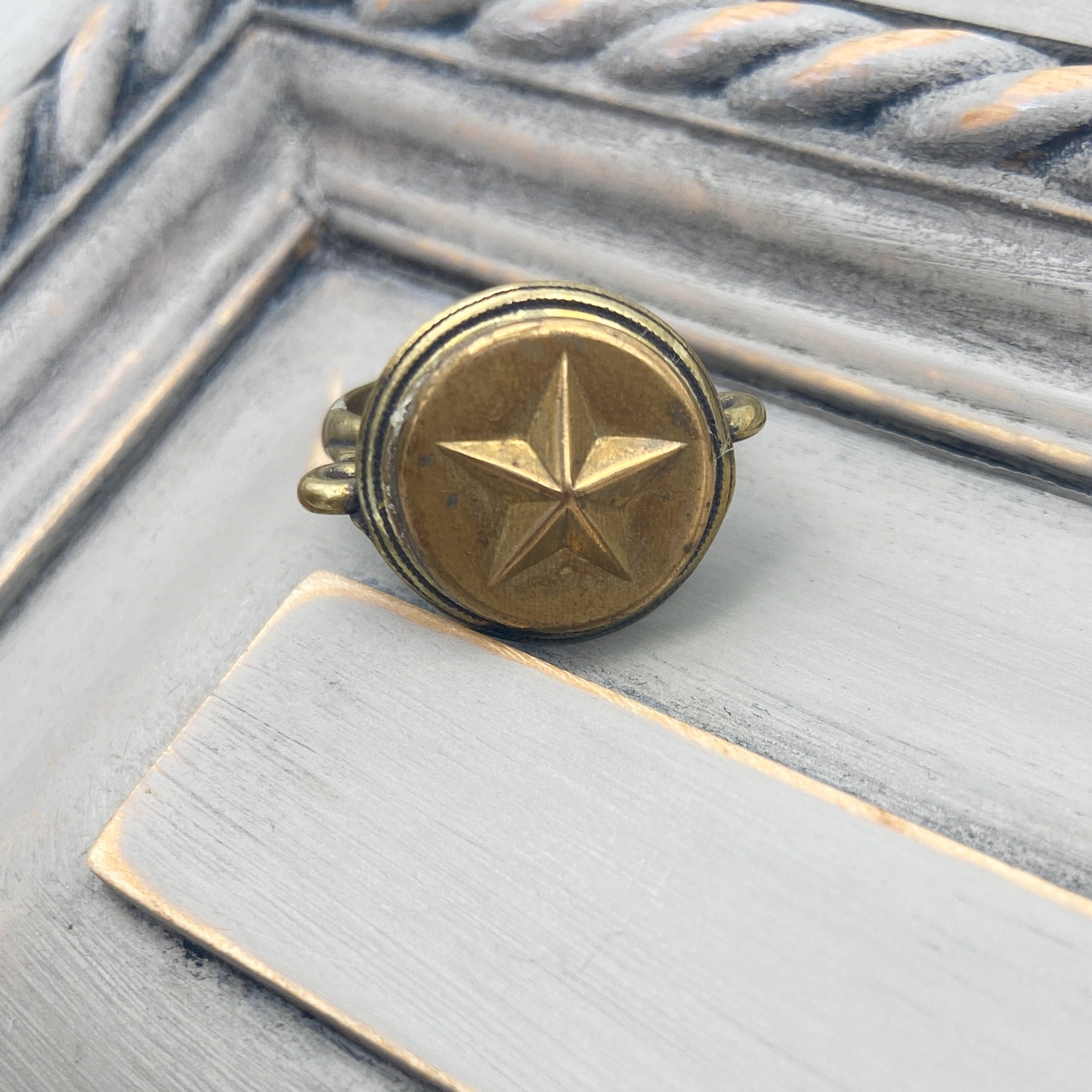 Star Button Ring