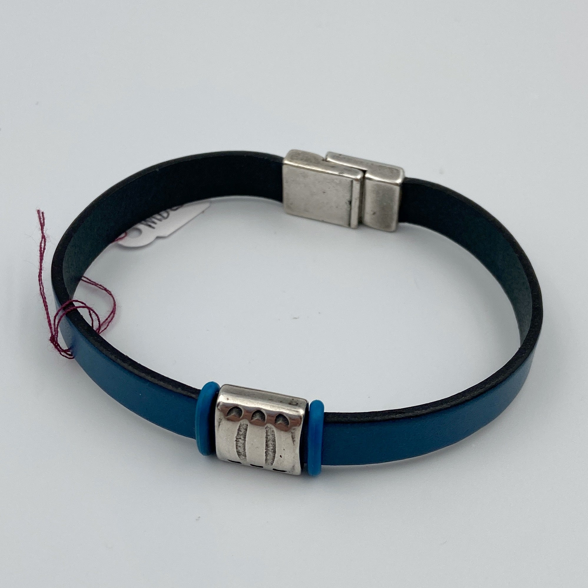 Plain Flat Leather Bracelet with Stainless Steel Clasp