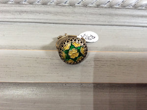 Green and Gold Star Button Ring