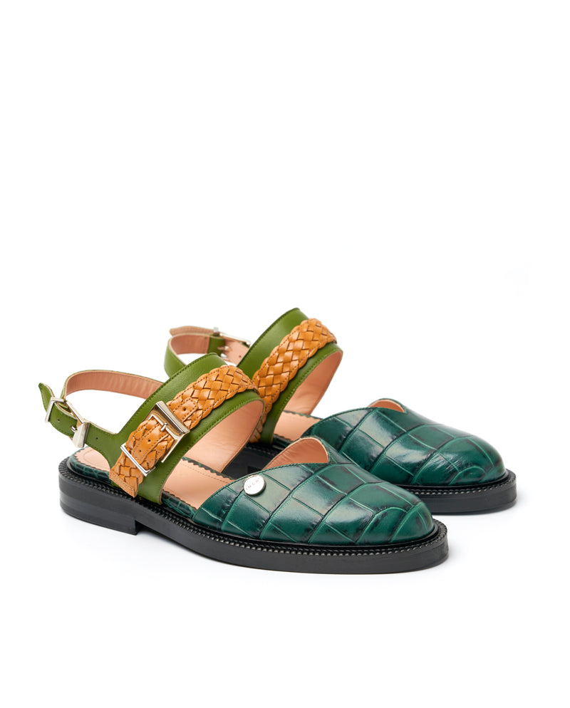 Emerald Closed Toe Sandals - I N C H 2