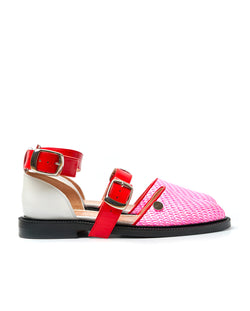 Bubble Gum Closed Toe Sandals - I N C H 2