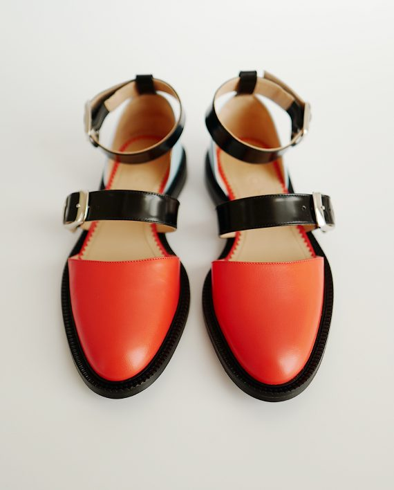 Closed toe peach sandals - I N C H 2
