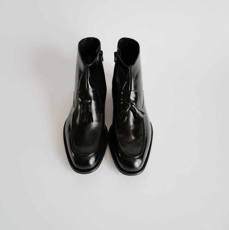 BLACK LOAFER BOOTS