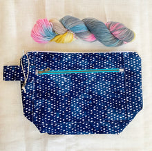 Load image into Gallery viewer, Indigo Shibori Twill Project Bag