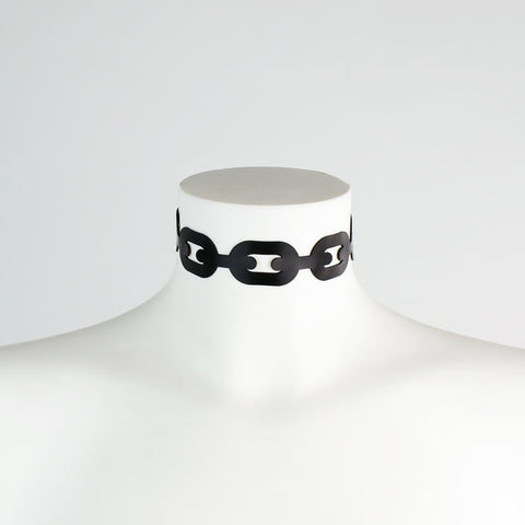 Wide Latex Chain Collar