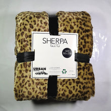 Load image into Gallery viewer, Faux Fur Throw With Sherpa - 150 x 200cm - CQ Linen