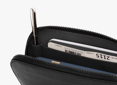 Bellroy All Conditions Essentials Pocket Black kort på innsiden